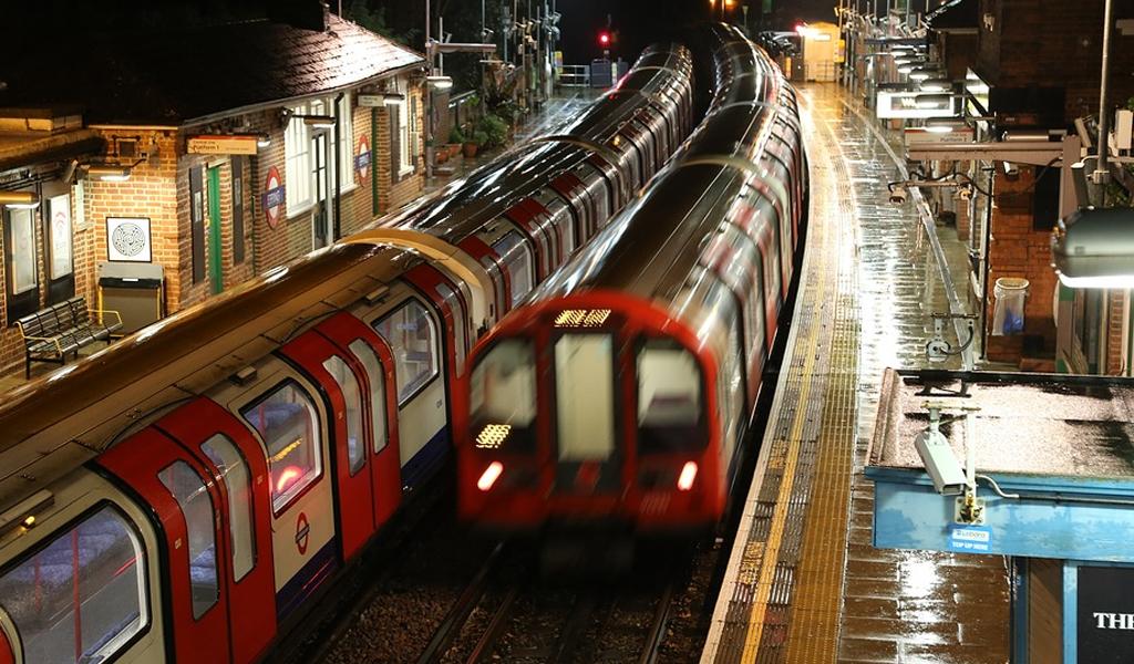 Cierran estación del metro de Londres por tiroteo