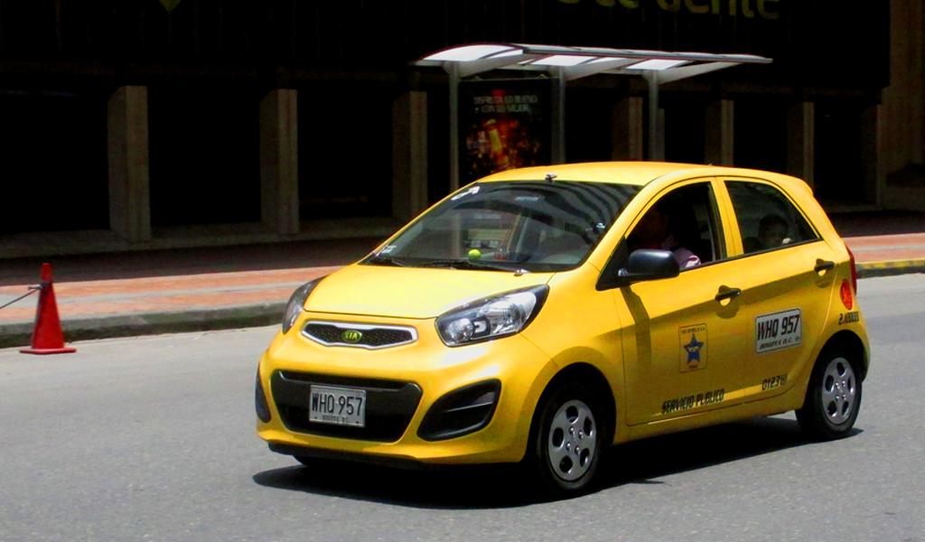 Así quedarán las tarifas de taxis en Medellín para el 2018