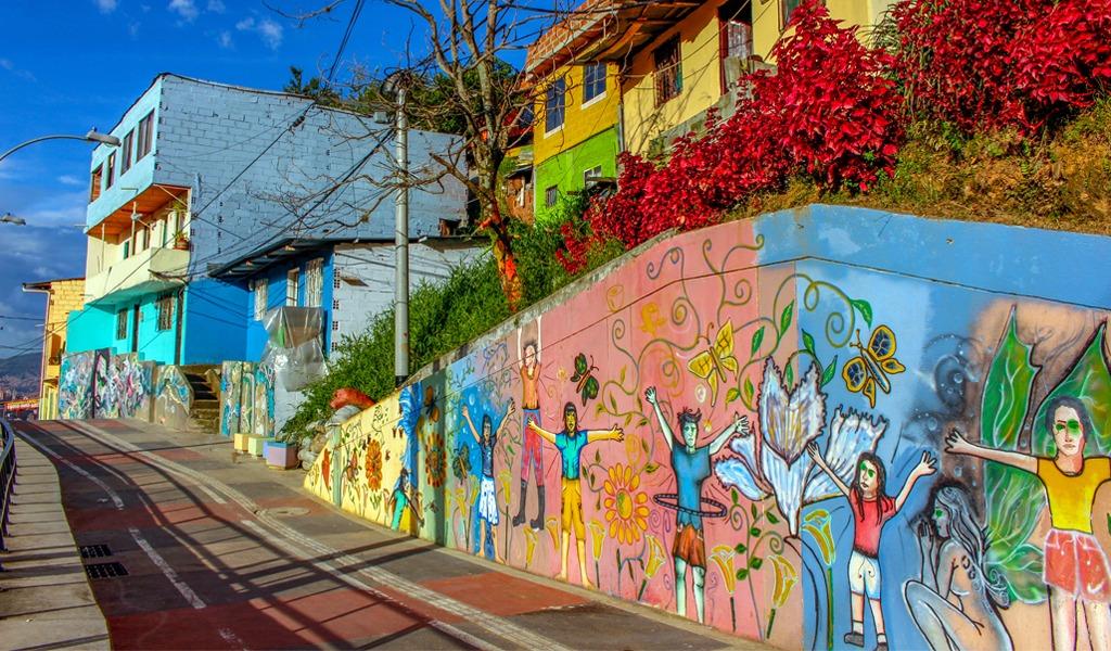 Los 'parches' para conocer la vida de barrio en Medellín