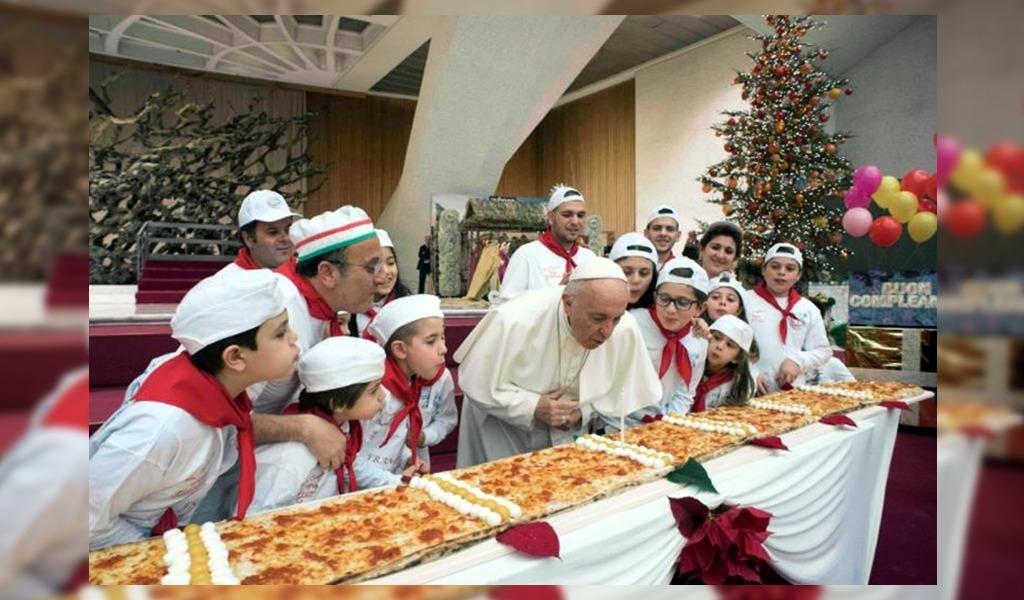 Papa Francisco de cumpleaños: así lo felicitaron los feligreses