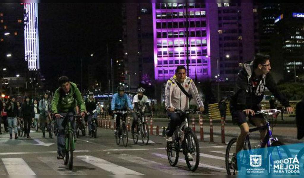 Bogotá sigue celebrando: Habrá jueves de Ciclovía Nocturna