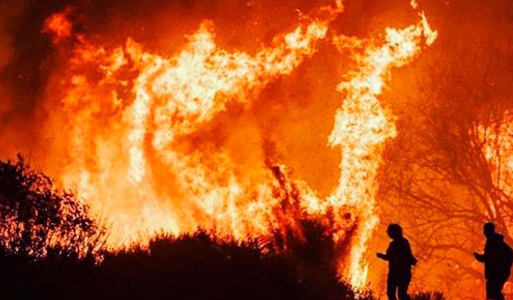 El mayor incendio en la historia de Los Ángeles