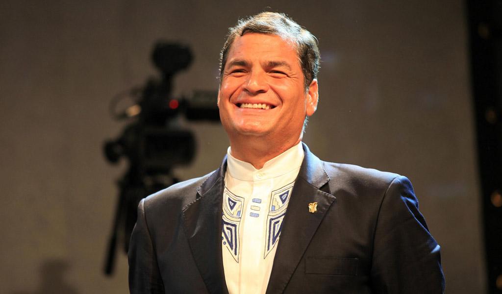 Rafael Correa denuncia persecución política en su país