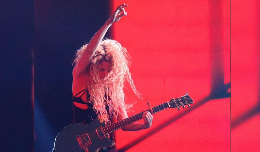 Shakira no para de recibir premios