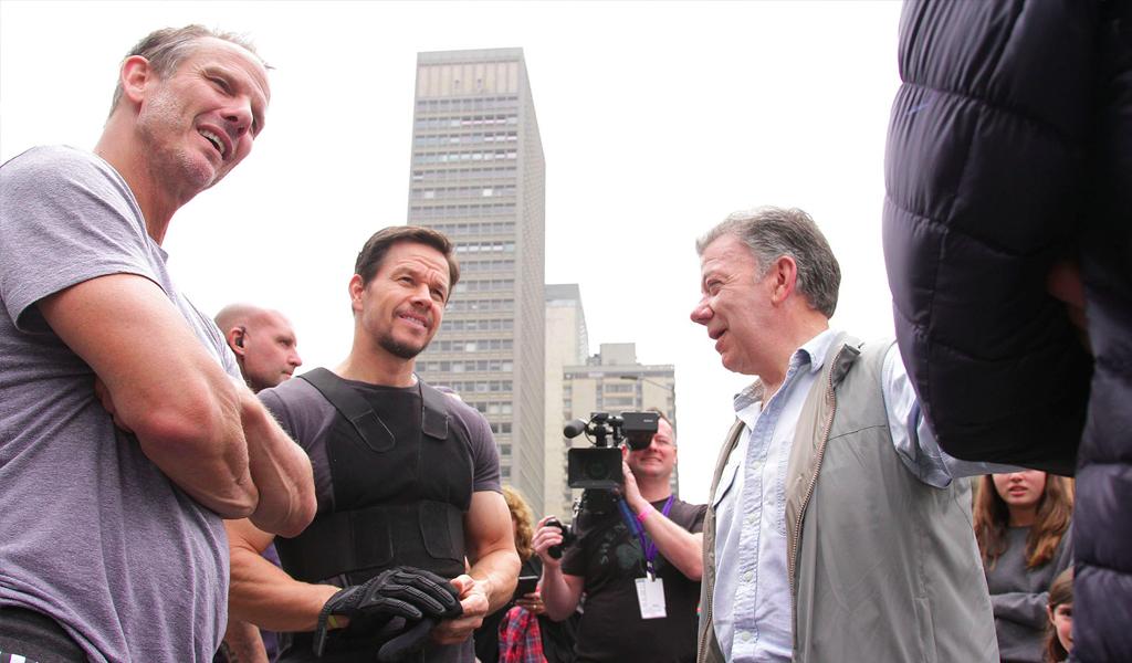 El día en que Mark Wahlberg recorrió las calles de Bogotá