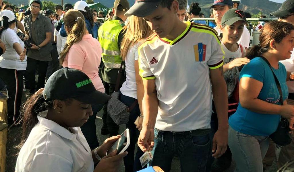 EEUU anuncia ayuda para atender a venezolanos en Colombia