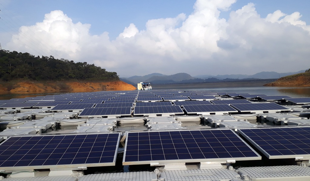 Antioquia instaló el primer parque solar flotante de hispanoamérica