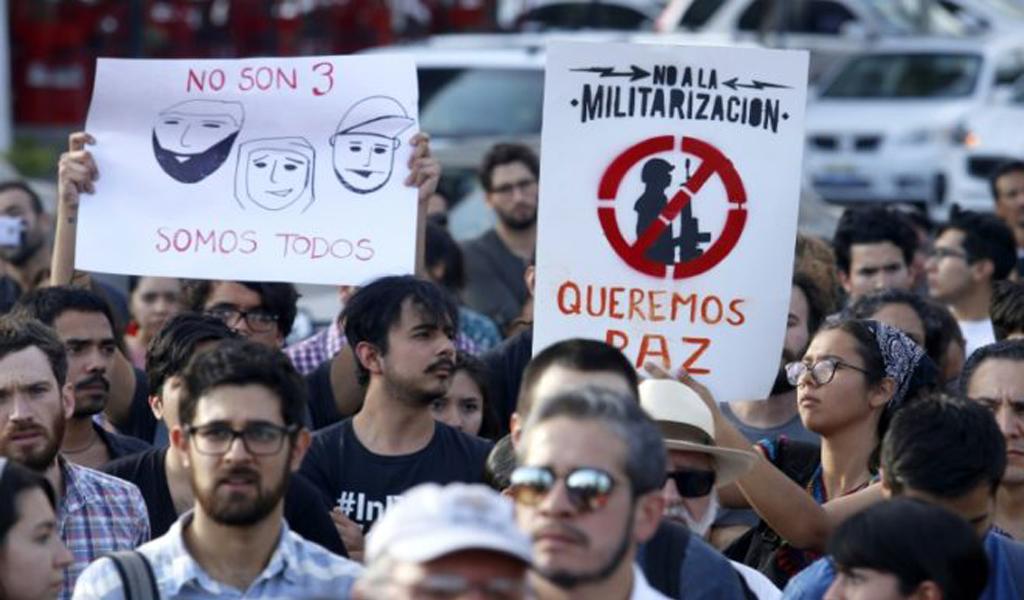 Guadalajara pide justicia por tres estudiantes asesinados