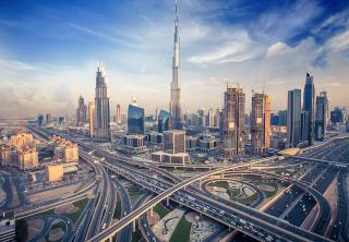 Colombianos podrán viajar sin visa a Emiratos Árabes