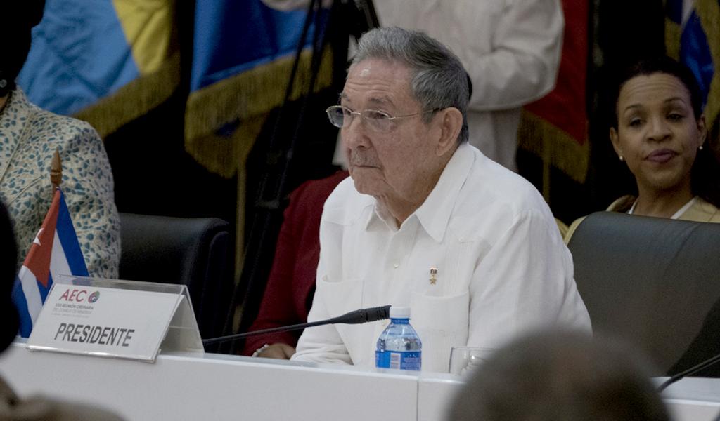 Los Castro entregan el poder de Cuba