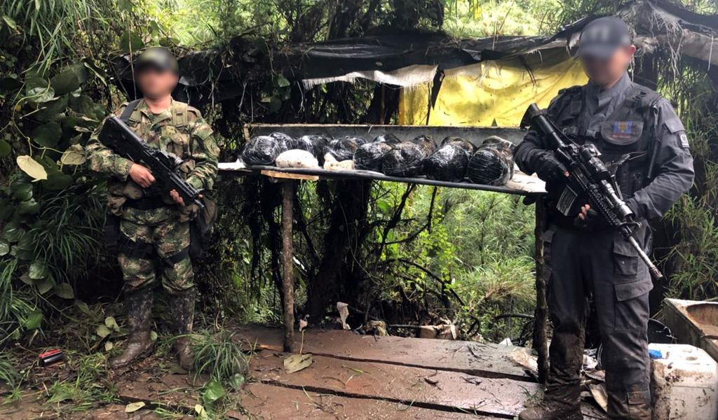 Laboratorio producía 150 kilos de coca al día cerca a Bogotá