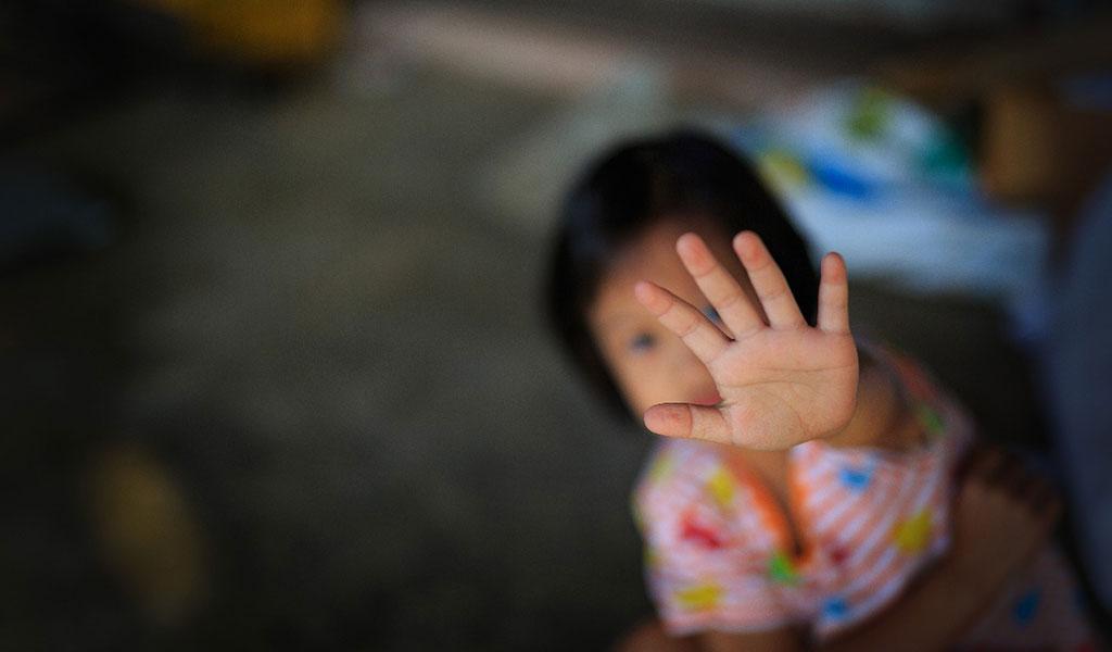 Recompensa por responsables de abuso a niña de tres años