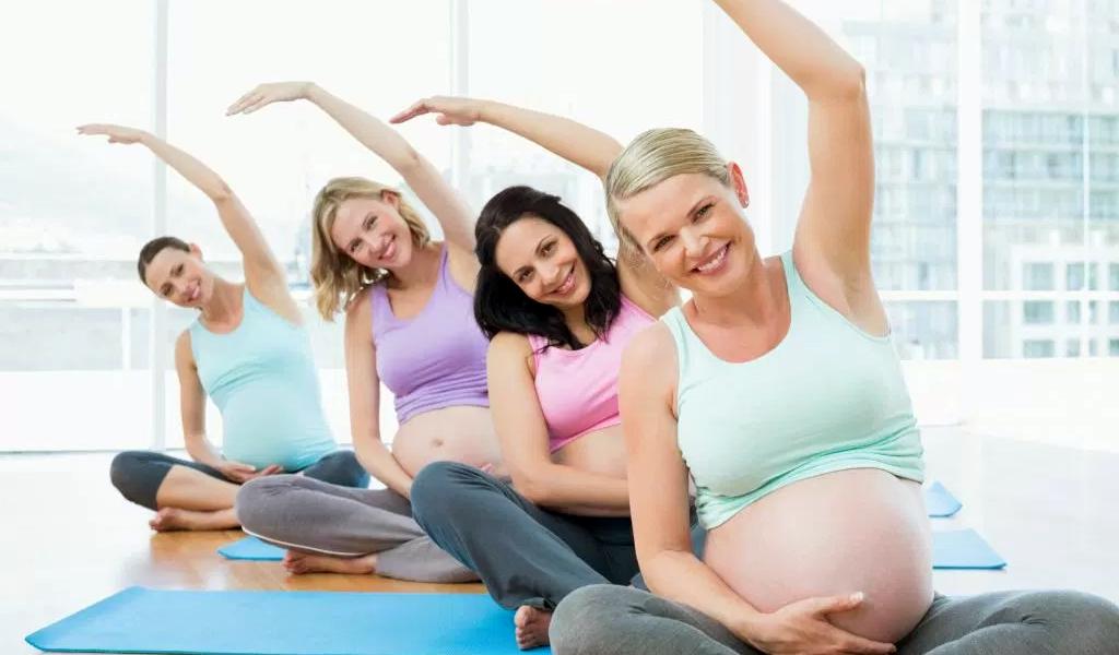 Ejercicio leve en el embarazo acorta duración del parto