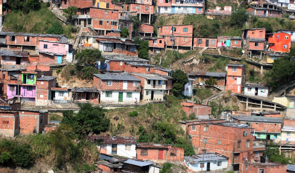 Conectividad con la otra mitad de Colombia será posible