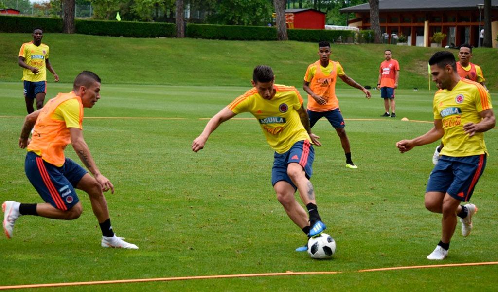 Formaciones de Selección Colombia y Egipto