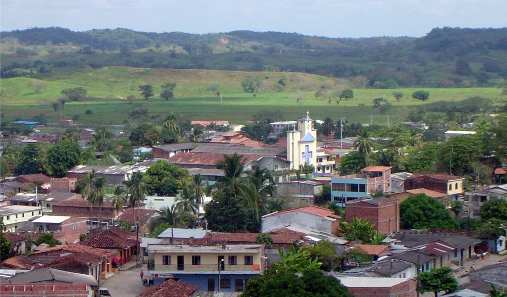 Luis Pérez desmiente presencia de paramilitares en Tarazá