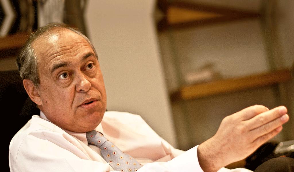 Camilo Gómez sugiere demanda en #NomásmentirasdePetro