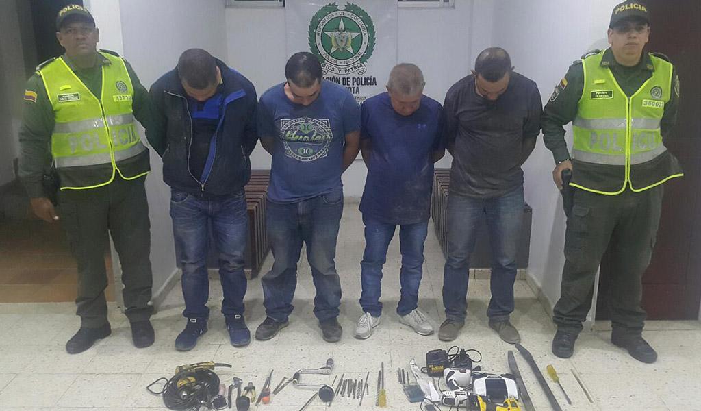 Evitan millonario robo en joyería de Antioquia