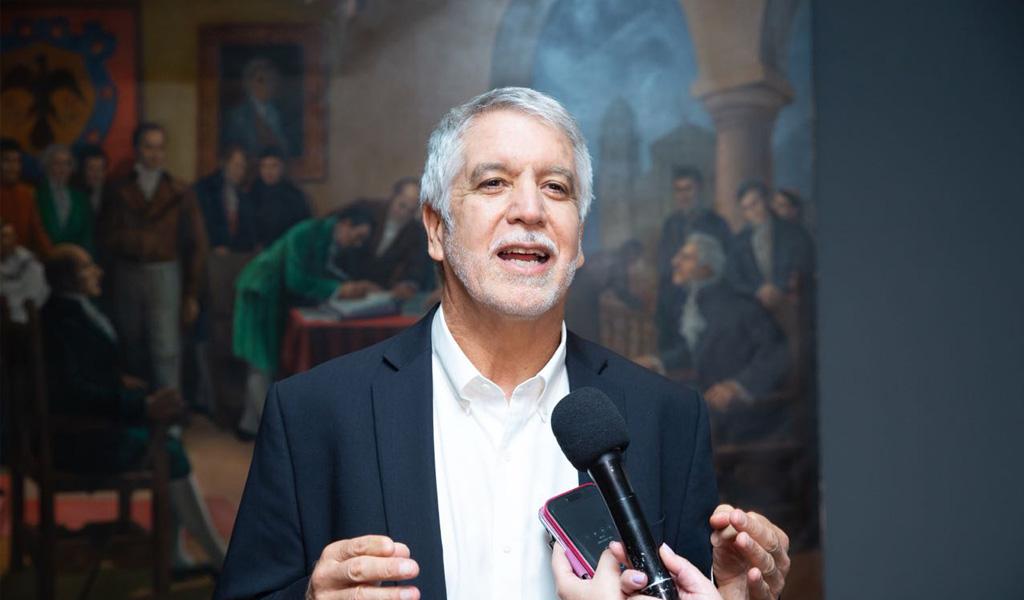 Peñalosa acusa a Claudia López de hundir el POT