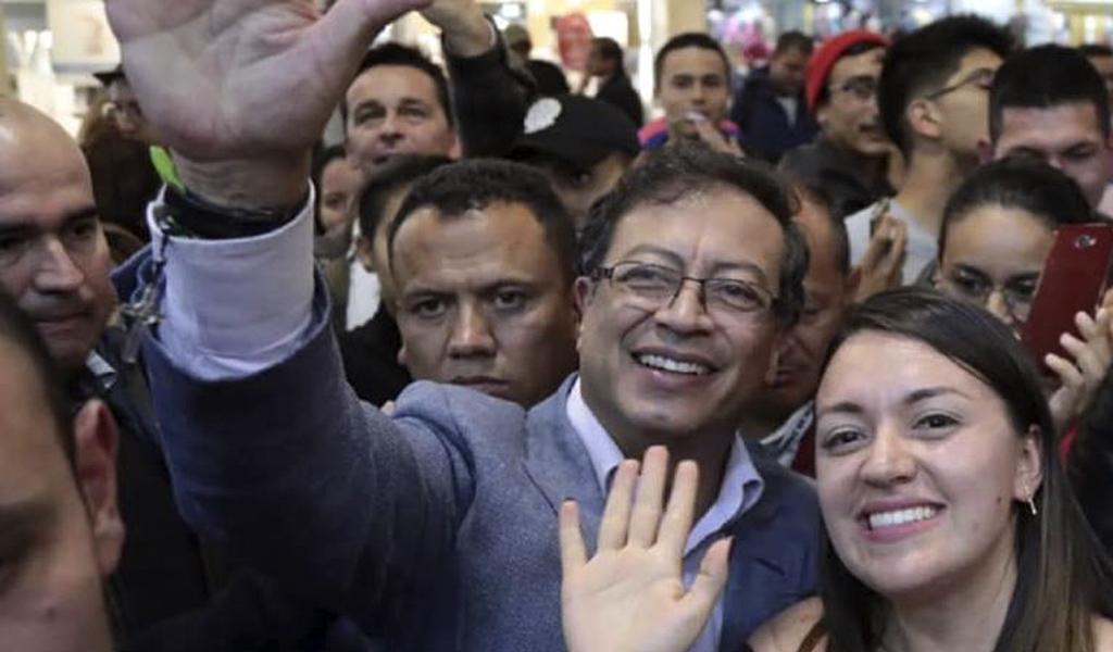 Gustavo Petro irá al Congreso