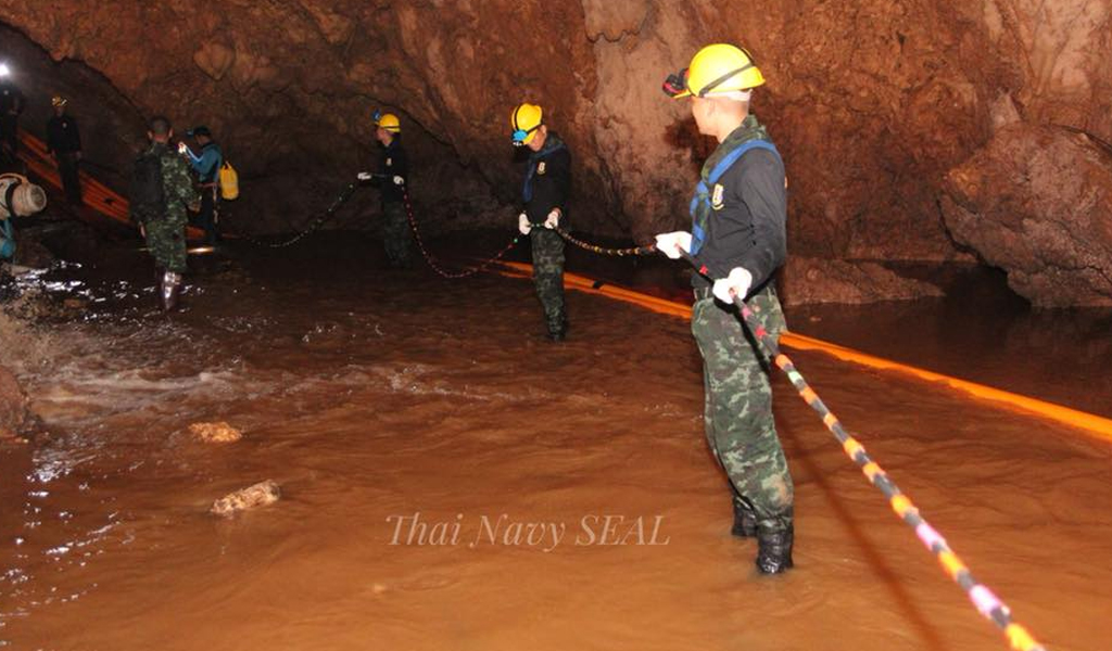 Avanza el rescate de los niños en Tailandia