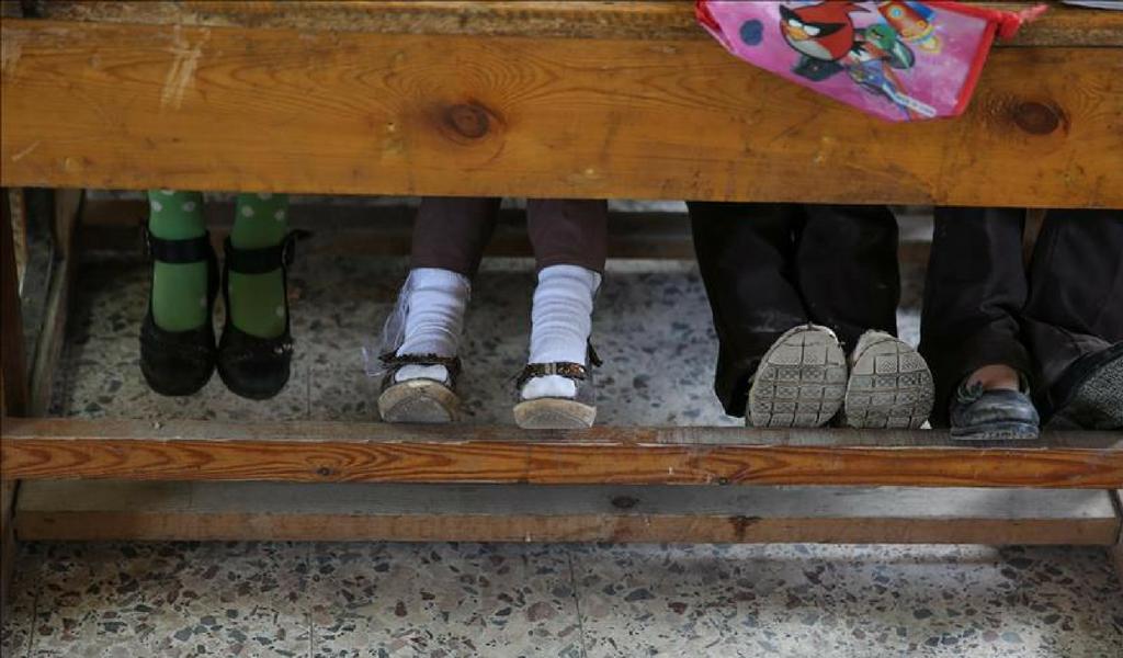Escuelas venezolanas se quedan sin alumnos y sin maestros