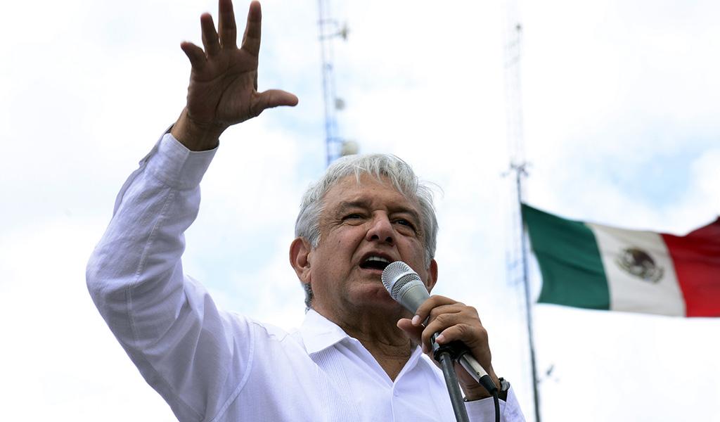 López Obrador: Primeros días como presidente electo de México