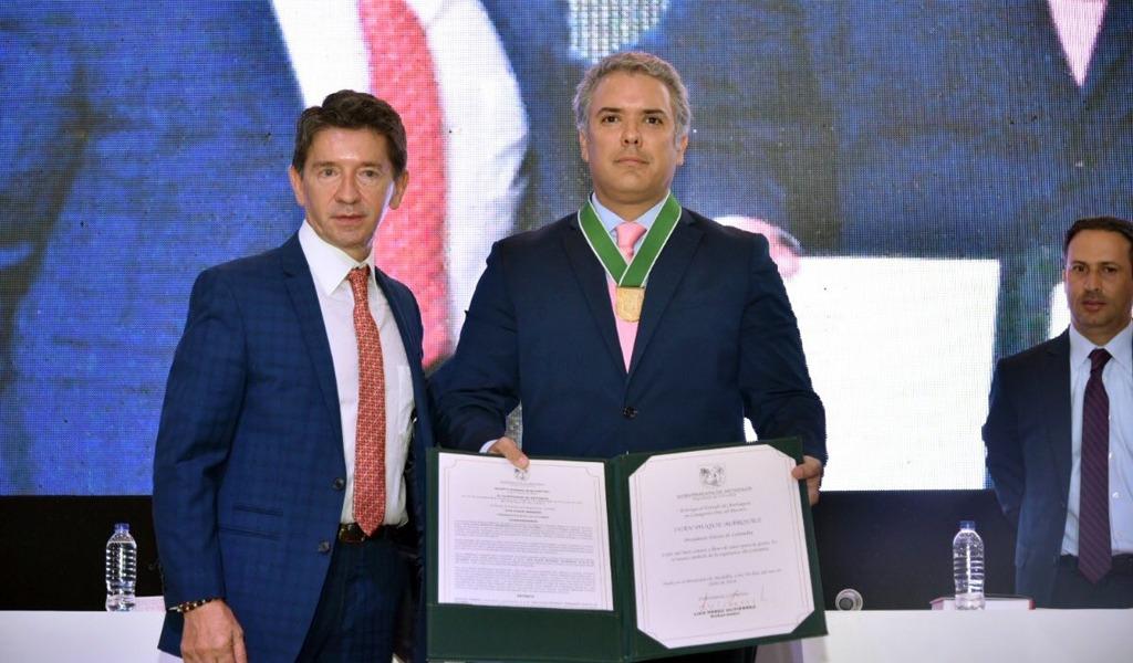 Iván Duque recibió el Escudo de Oro de Antioquia