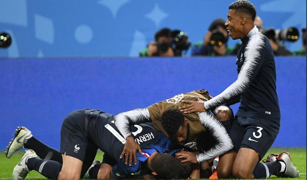 Francia espera rival en la final del Mundial