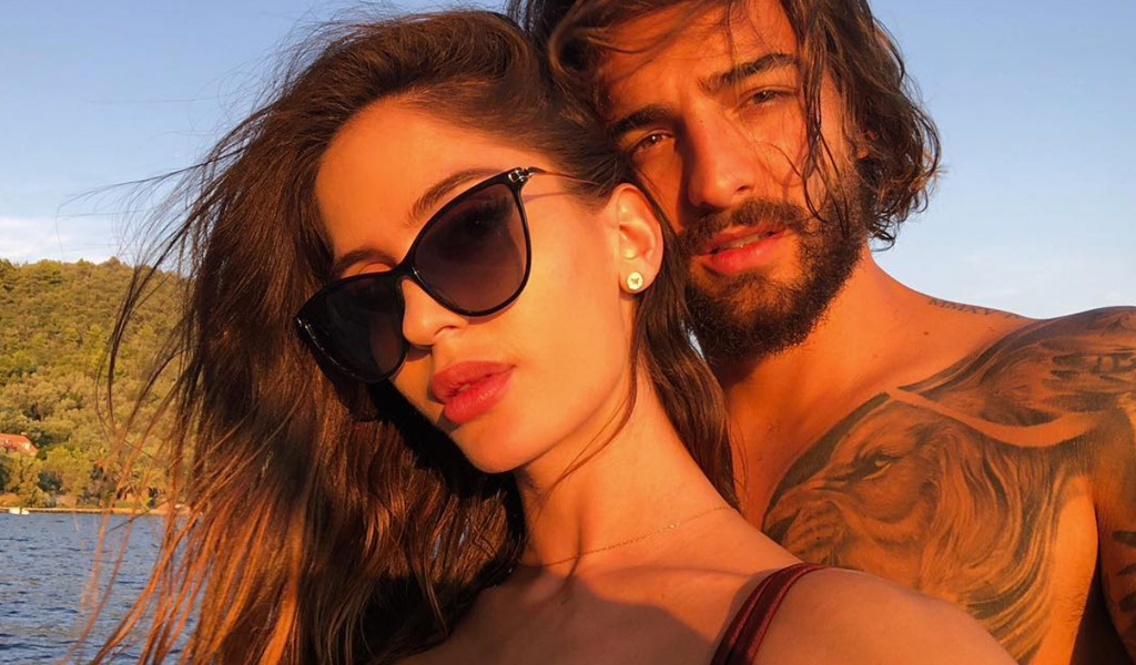 Las exóticas vacaciones de Maluma y su novia