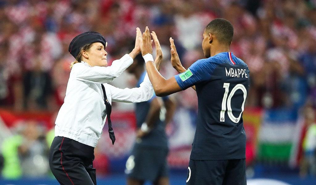 ¿Quiénes invadieron el campo en la final del Mundial?
