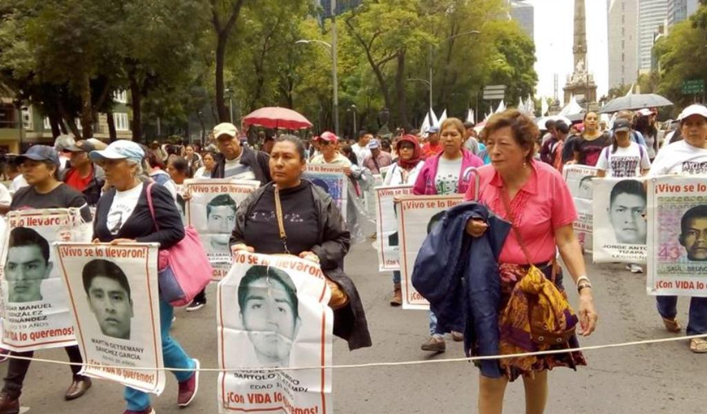 Esperanza entre los familiares de estudiantes de Ayotzinapa