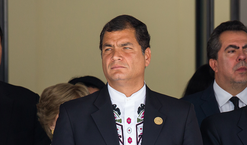 Ordenan prisión preventiva contra Rafael Correa