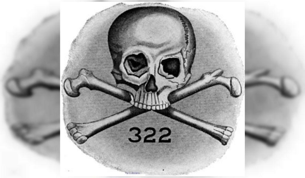 Los rituales iniciáticos de los Skull and Bones