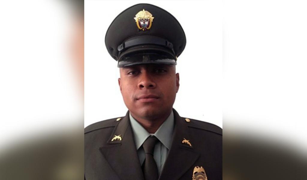 Ataque a patrulla de policía dejó un uniformado muerto