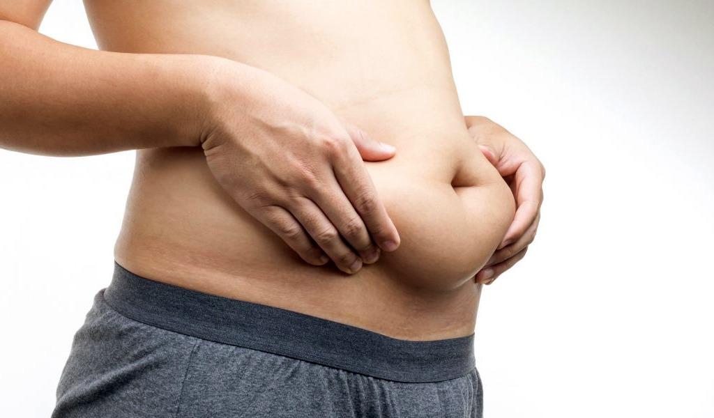El sencillo y práctico truco para eliminar la grasa del abdomen