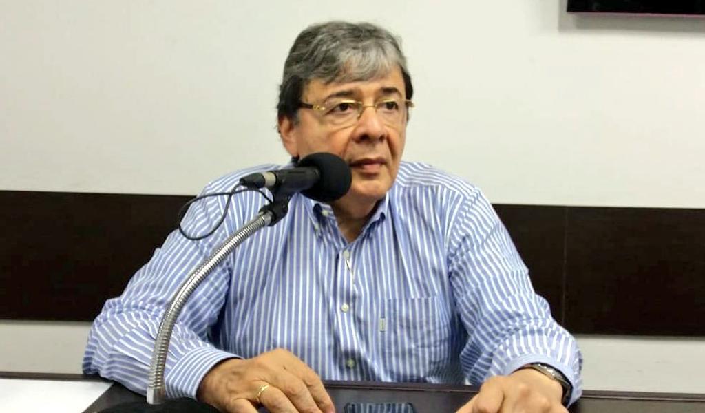 Ministro de relaciones exteriores Carlos Holmes