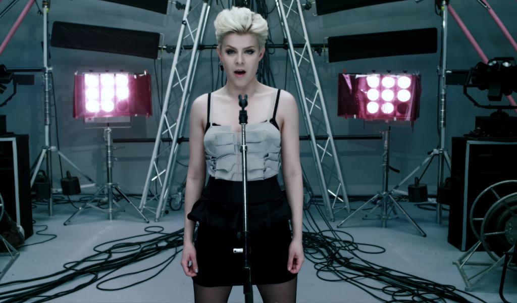 Robyn estrena sencillo y lanzará álbum a fin de año