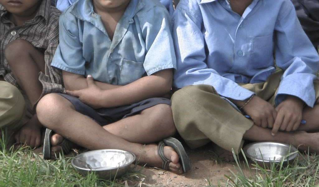 Uno de cada tres niños sufre desnutrición o sobrepeso en el mundo