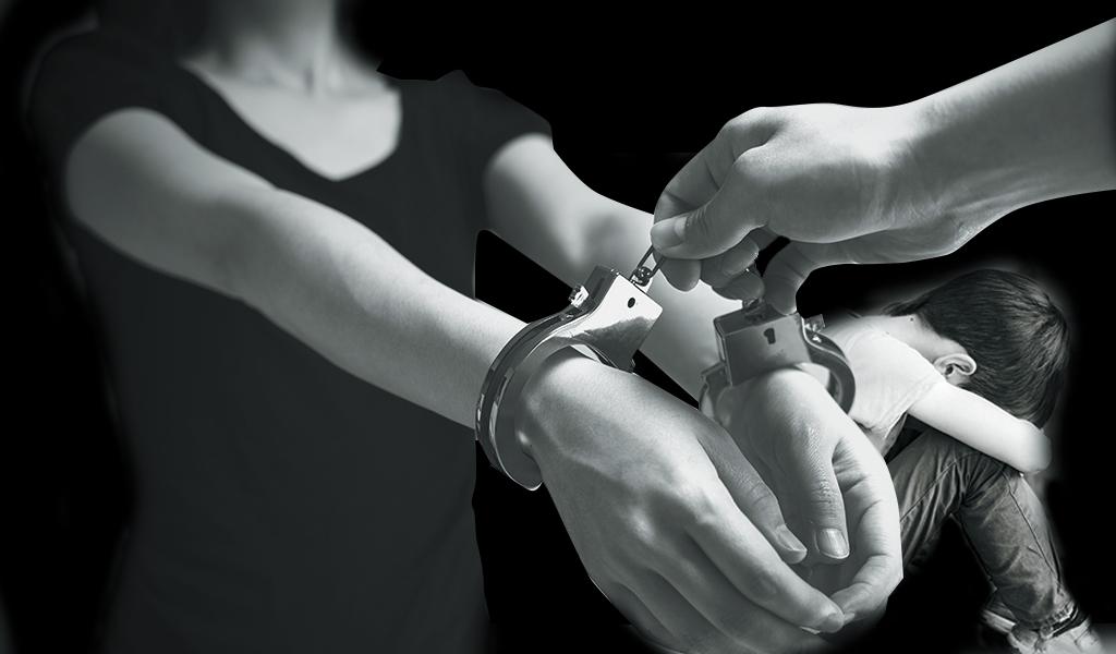 Arrestan a entrenadora que abusó de un menor