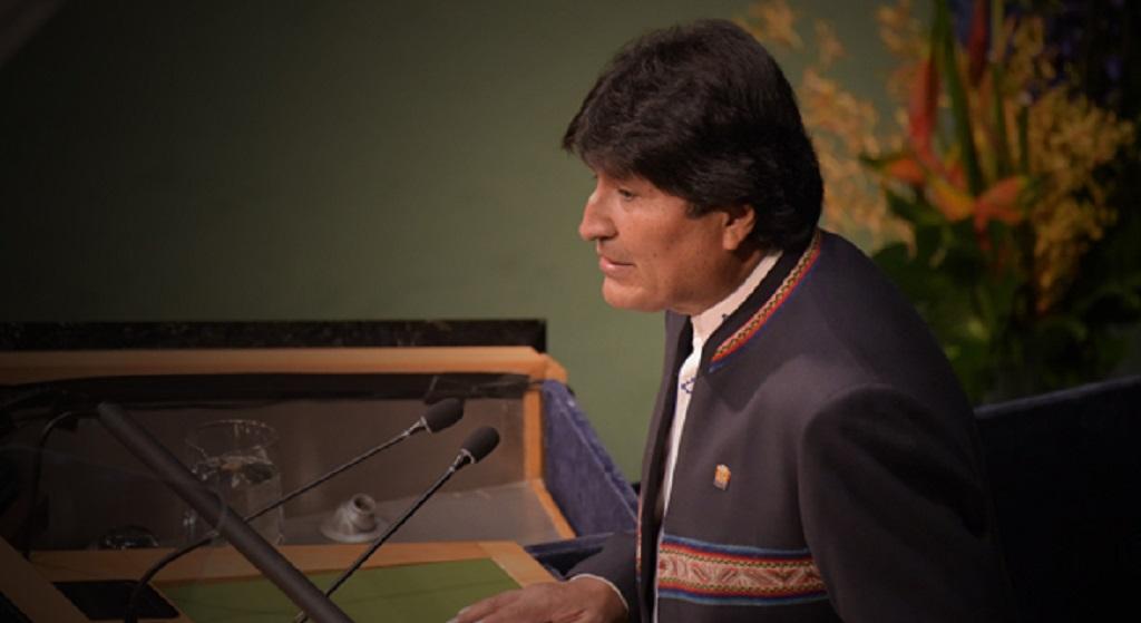 Evo Morales pide respetar la Constitución de Bolivia