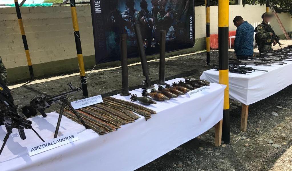 Incautan armamento pesado perteneciente al Clan del Golfo