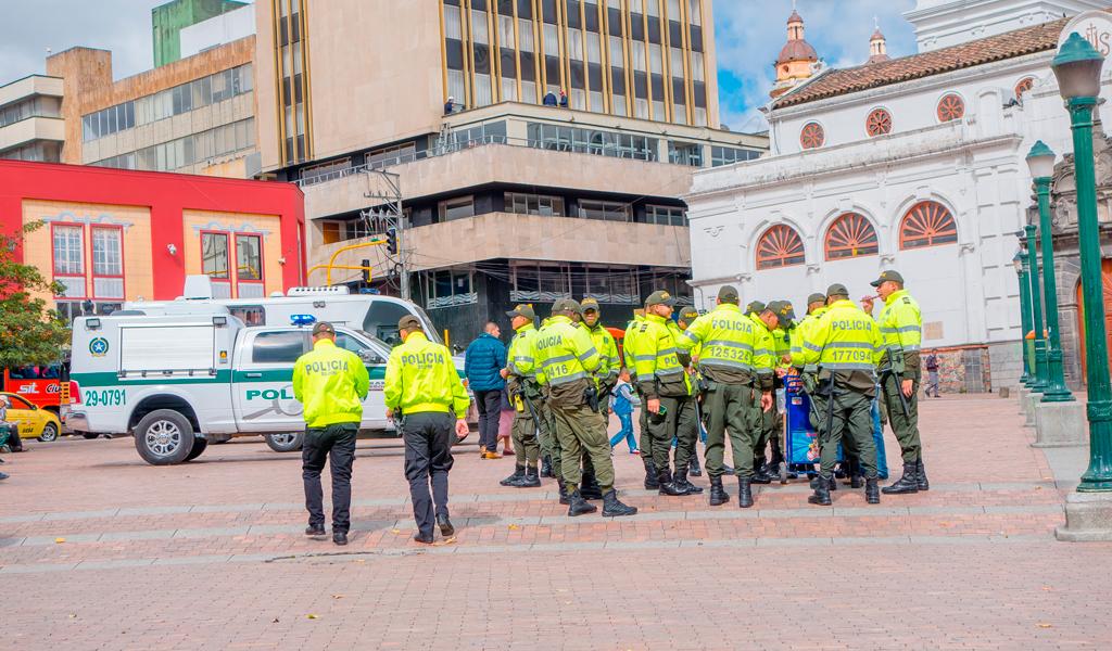 Proyecto de ley endurecería penas a agresores de fuerza pública