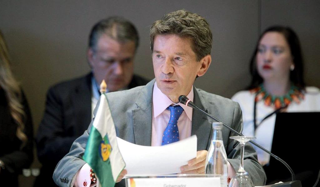 Luis Pérez aprobaría fumigaciones con glifosato