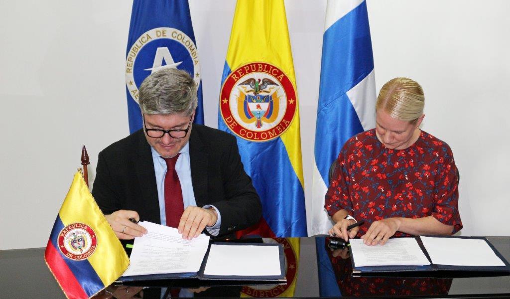 Acuerdo permitirá vuelos directos entre Colombia y Finlandia