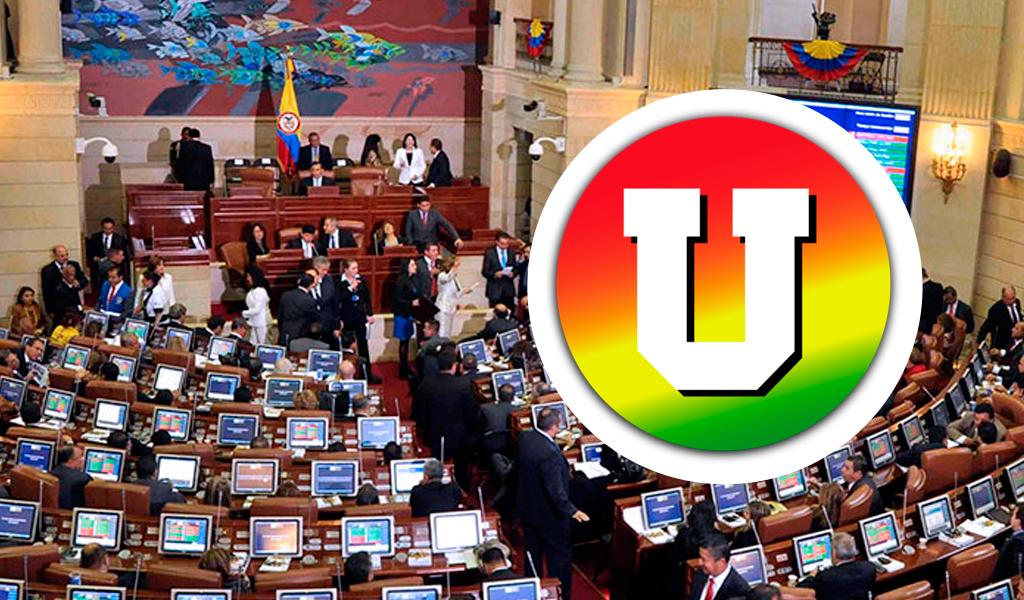 La U se declara partido oficialista