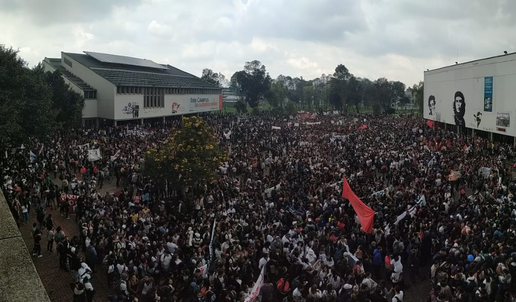 EN VIVO: Marcha Estudiantil por la Educación en Colombia