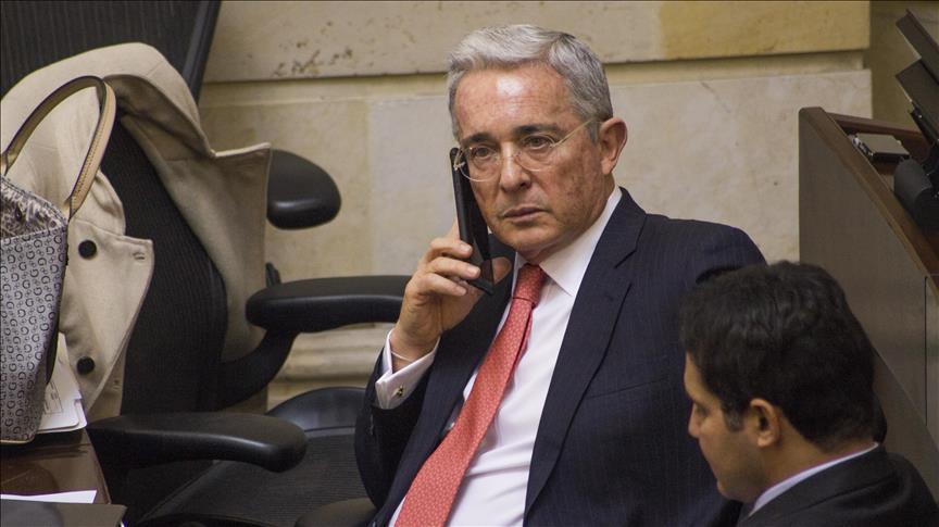 """""""Yo no he ido a cárceles a manipular testigos"""": Uribe"""