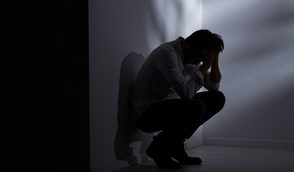 Hombre atenta contra su familia y luego se suicida