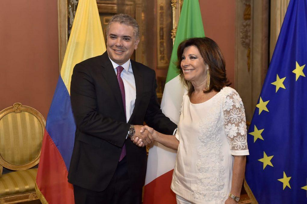 Duque celebra respaldo italiano a reincorporación